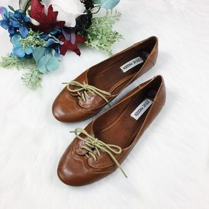 Steve Madden Brown Leather Laced Front Flats